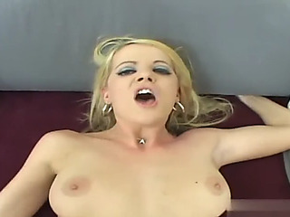 Resplendent anal tits with hawt goldenhaired