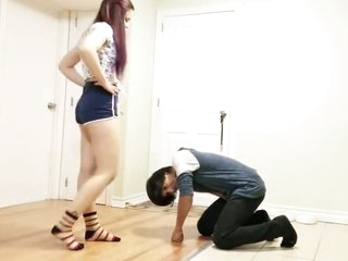 Ballbusting - university girl Girl Kicks Blether HARD bluntly Shorts