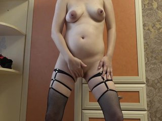 Milf via pregnancy makes cut size of the growing tummy coupled with boobs, coupled with then masturbates a chunky pussy.