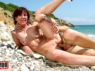 Joycelina & Kevin Pallid relative to Hot French Milf On A Sunny Margin - MMM100