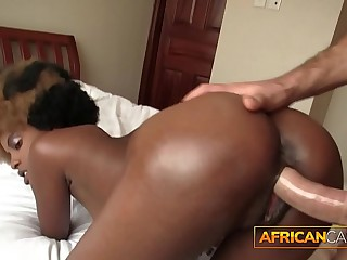 Crazy African Inexpert Conquers 9 Inch Cock