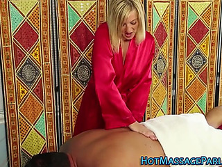 Masseuse with consummate boobs bj