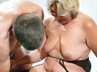 German Granny takes a young weasel words - MMVFilms